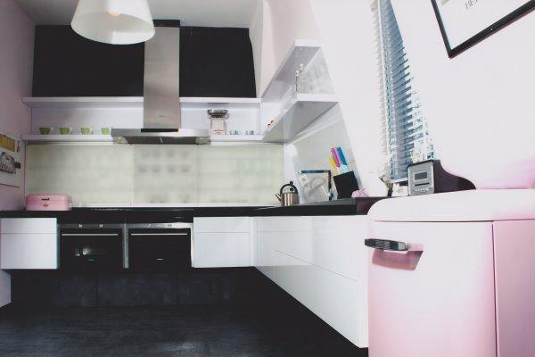 tischlerei fischer k che hochglanz wei. Black Bedroom Furniture Sets. Home Design Ideas